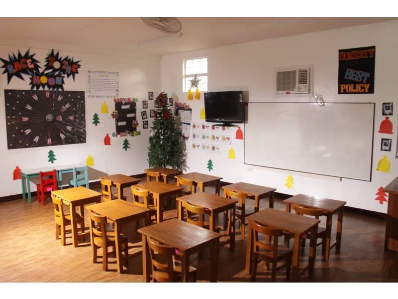 AJV-Grade-School-Classrooms